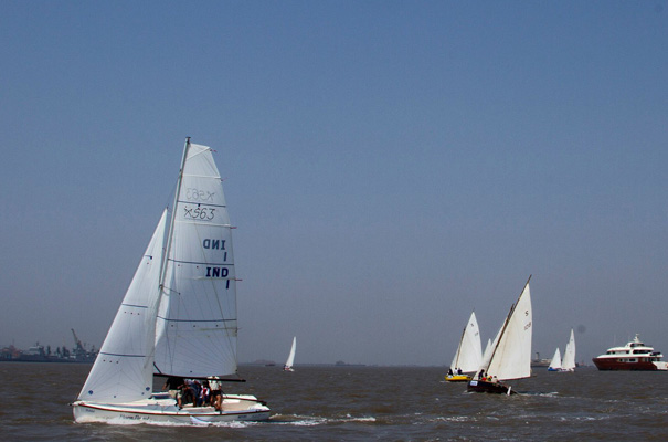 Sailing Race Training Course in Mumbai at Gateway of India